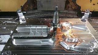 خدمات ساخت قالب صنعتی